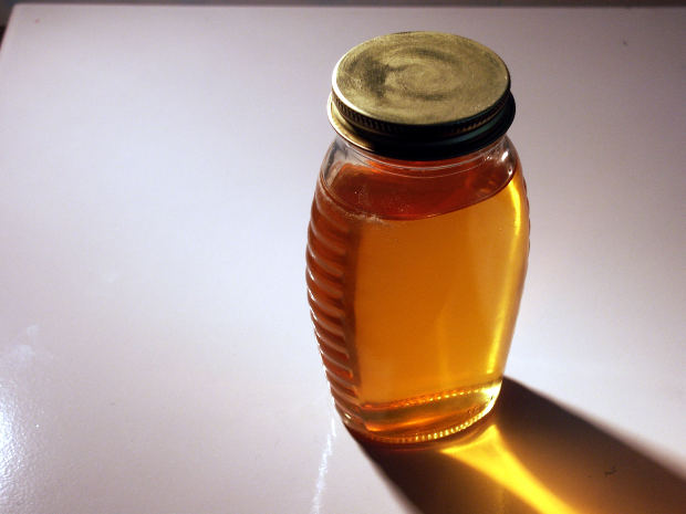 using honey for skin care