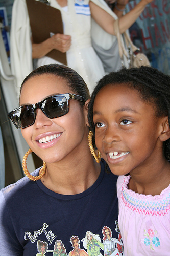 Beyonce at early voting in Florida